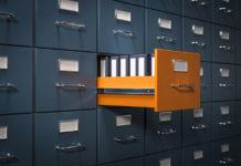 Jak przechowywać dokumenty w firmie? Najważniejsze zasady